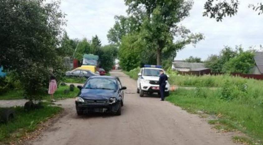 Кто виноват? В Могилеве милицейский УАЗ столкнулся с «Опелем»