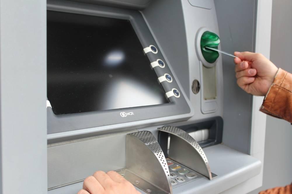«Глазастая» подруга: подсмотрев пин-код карты приятельницы, могилевчанка «облегчила» её на 575 рублей