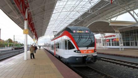 На поезда каких направлений теперь можно приобрести электронный билет за 15 минут до отправления?