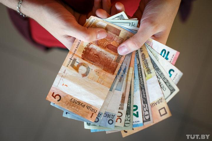В Беларуси повысят тарифную ставку первого разряда
