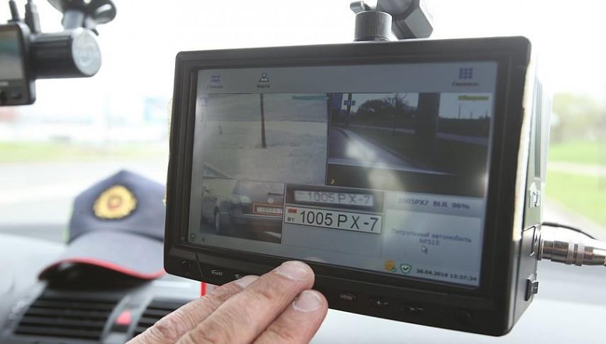 Теперь паркуемся по правилам: в Могилеве ездит машина ГАИ с автоматической системой фиксации неправильной парковки