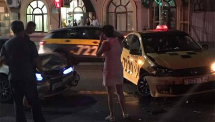 В Могилеве очередная авария с участием такси