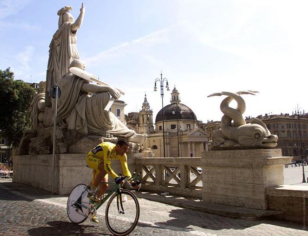 В Риме белоруска получила штраф за купание в фонтане