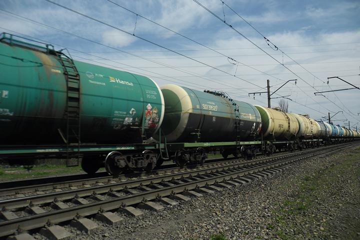 На железнодорожной станции в Могилеве ликвидировали утечку серной кислоты