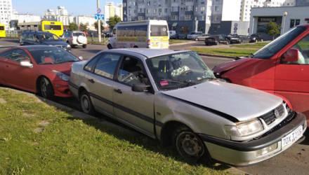 В Минске голый мужчина на микроавтобусе спровоцировал ДТП