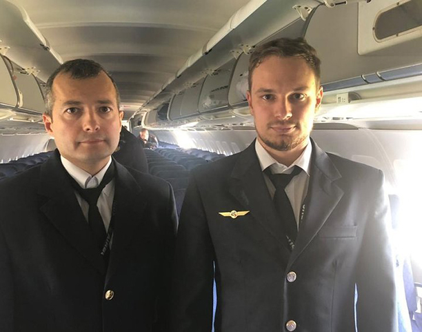 Путин присвоил звание «Герой России» летчикам, посадившим A321 на кукурузном поле