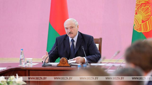 """""""Это исторический момент для региона"""" - Лукашенко ждет отдачи от юго-востока Могилевской области"""