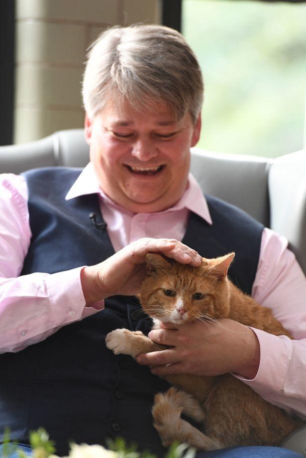 Супруги выиграли в лотерею 1 миллион фунтов стерлингов (2,5 млн. бел. руб.) благодаря своему прожорливому коту
