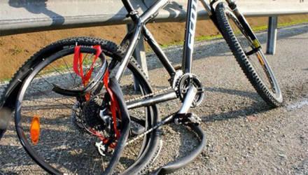 ГАИ просят приравнять велосипеды к скутерам. А что по этому поводу думаете Вы?