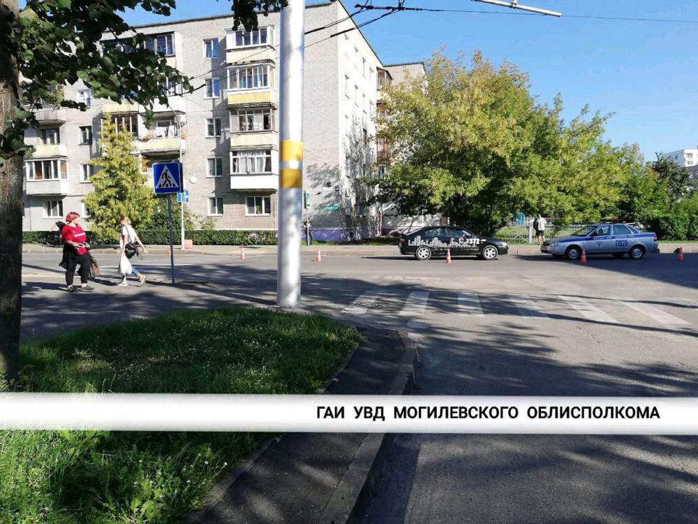 В Бобруйске «Ниссан» сбил ребенка на пешеходном переходе