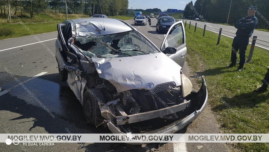 ДТП с участием легкового и грузового автомобилей на трассе «Минск – Могилев»