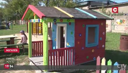 Местные жители превратили пустырь в поселке Гребенево в чудесный игровой городок