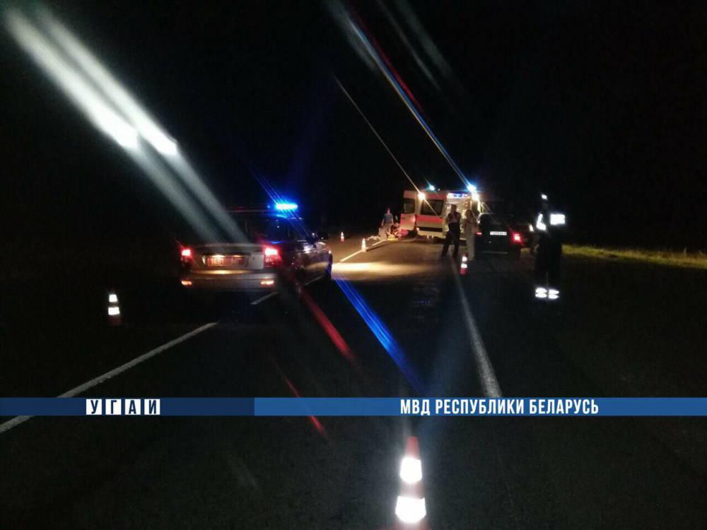 На въезде в Бобруйск под колесами автомобиля погибла женщина