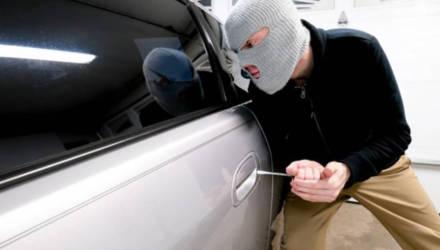 На территории Могилёва несовершеннолетние угоняют и обворовывают автомобили