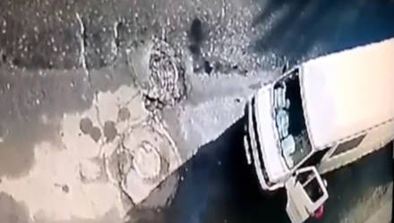 Оставил открытой машину – лишился магнитолы (видео)