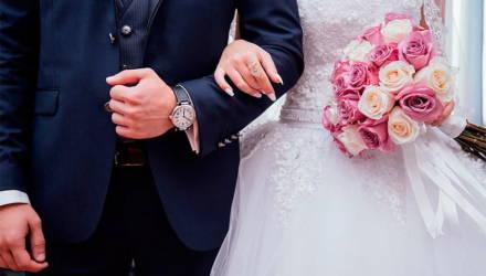 В Кличеве на одну невесту приходится 9 женихов. Жизнь брутального города Беларуси