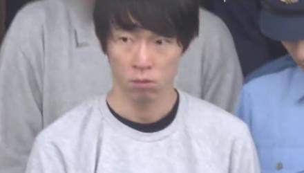 Японский кассир запоминал данные кредитных карт и воровал с них деньги