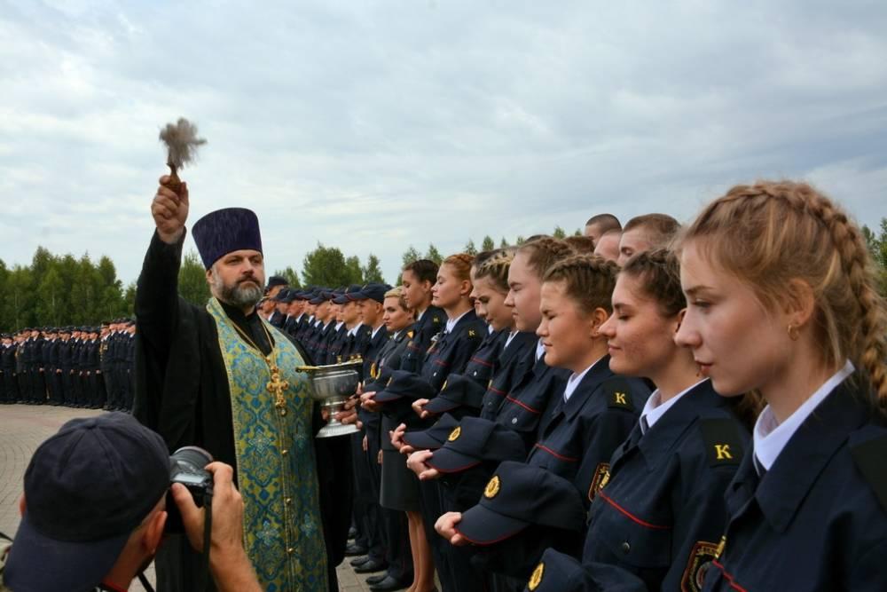 Курсанты Могилёвского института Министерства внутренних дел приняли Присягу