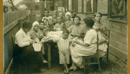 Как делили муку от немцев: о благотворительности в оккупированном Бобруйске