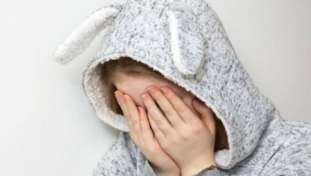 15-летняя школьница зверски изнасиловала двоих детей