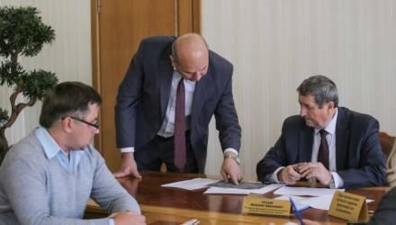 Помощник Президента — инспектор по Могилёвской области Михаил Русый провел прием граждан в Костюковичах