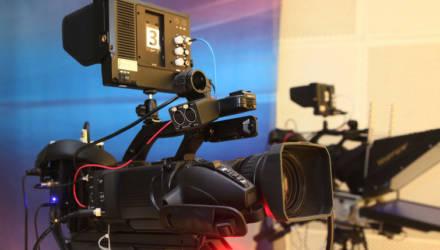 Все 13 округов принимают участие в дебатах: на могилёвском телевидении идет запись программ