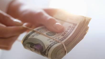 Житель Могилёва взял в долг 4400$, но возвращать не собирался