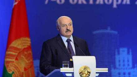 Лукашенко призвал искать не любовниц и любовников, а хороших специалистов