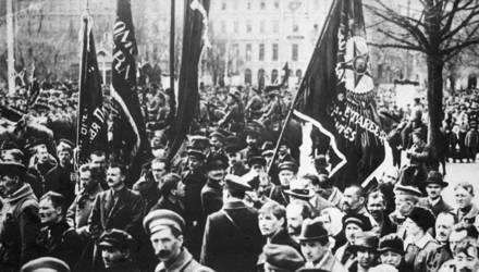 7 ноября: краткий гид к годовщине Октябрьской революции