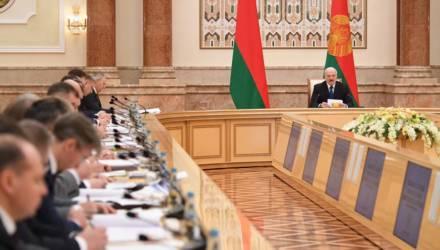 Стабильное региональное развитие и повышение уровня жизни: Лукашенко провел совещание по вопросу инвестиций
