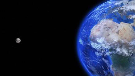 """В России работают над созданием """"лифта"""" для доставки грузов на Луну"""