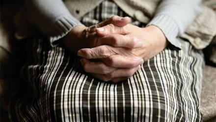 Житель Слуцкого района с пособниками грабил стариков и поджигал их дома: 94-летнего дедушку сожгли заживо