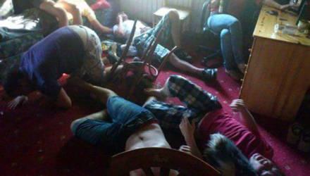 В Столице после вечеринки в стиле «флэт» парня госпитализировали с переломом черепа и разрывом печени