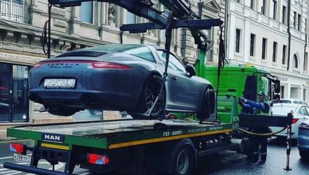 Могилевчанин надолго припарковал машину, а её украли с помощью эвакуатора, разобрали и сдали на металл