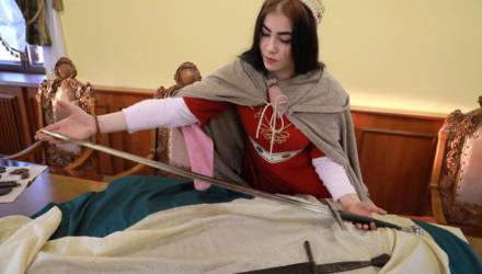 В Музее истории Могилёва прошла презентация 500-летнего меча