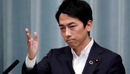 В Японии министр-мужчина впервые возьмет отпуск по уходу за ребенком