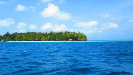 Два острова в Индонезии скрылись под водой