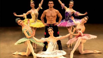 Утонченные красавицы и настоящие мачо: совместные фото балерин и сотрудников МЧС. Среди них и спасатели из Бобруйска