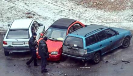 """""""Светлогорский крушитель"""" повредил пять автомобилей, возвращаясь ночью домой (момент наезда - на видео)"""