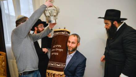 Праздник внесения Торы прошел в синагоге Бобруйска (фото)