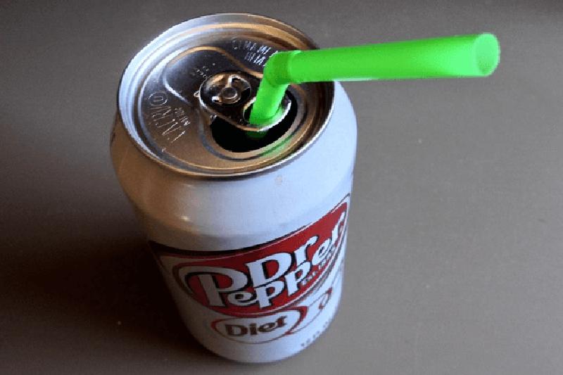 Вы точно делали это не так! Как правильно наливать сок и еще шесть лайфхаков