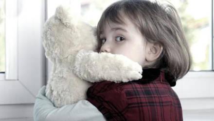 За год в Беларуси более 3 тысяч детей остались без родителей — тех лишили прав