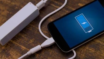 Когда на самом деле заряжать смартфон? Мифы об аккумуляторах, о которых пора забыть