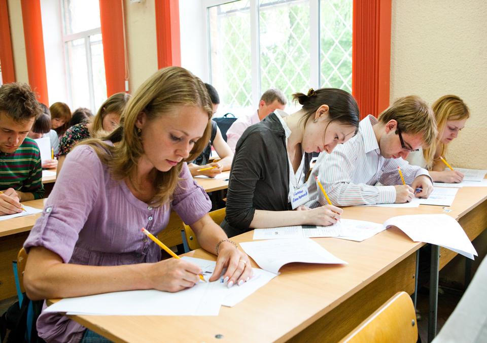 Выпускные экзамены и ЦТ в Беларуси могут объединить