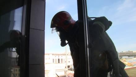 В Могилеве эвакуировали людей из «Атриума»