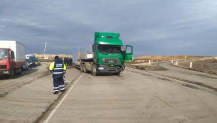 Две автомашины «МАЗ» столкнулись в Могилёвском районе