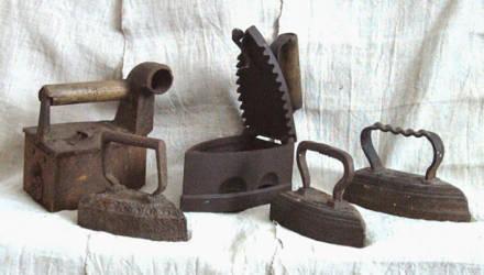 Более 120 видов старинных утюгов представят на выставке в Чаусах
