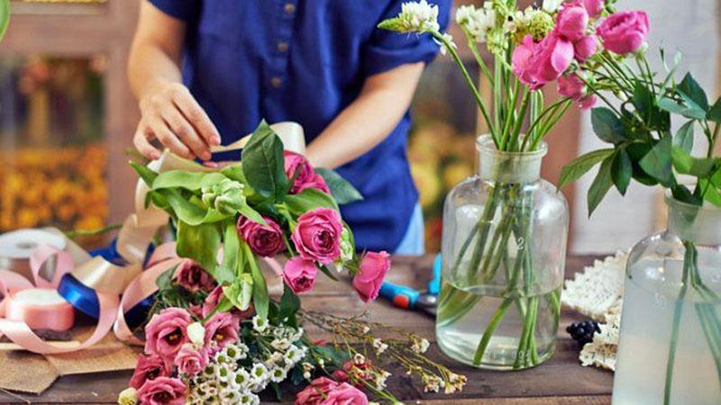 Влюбленным в Могилёве снизили цены на цветы