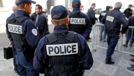 В Париже произошла стрельба в мечети