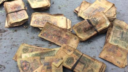 В Могилёве нашли чемодан, набитый советскими деньгами